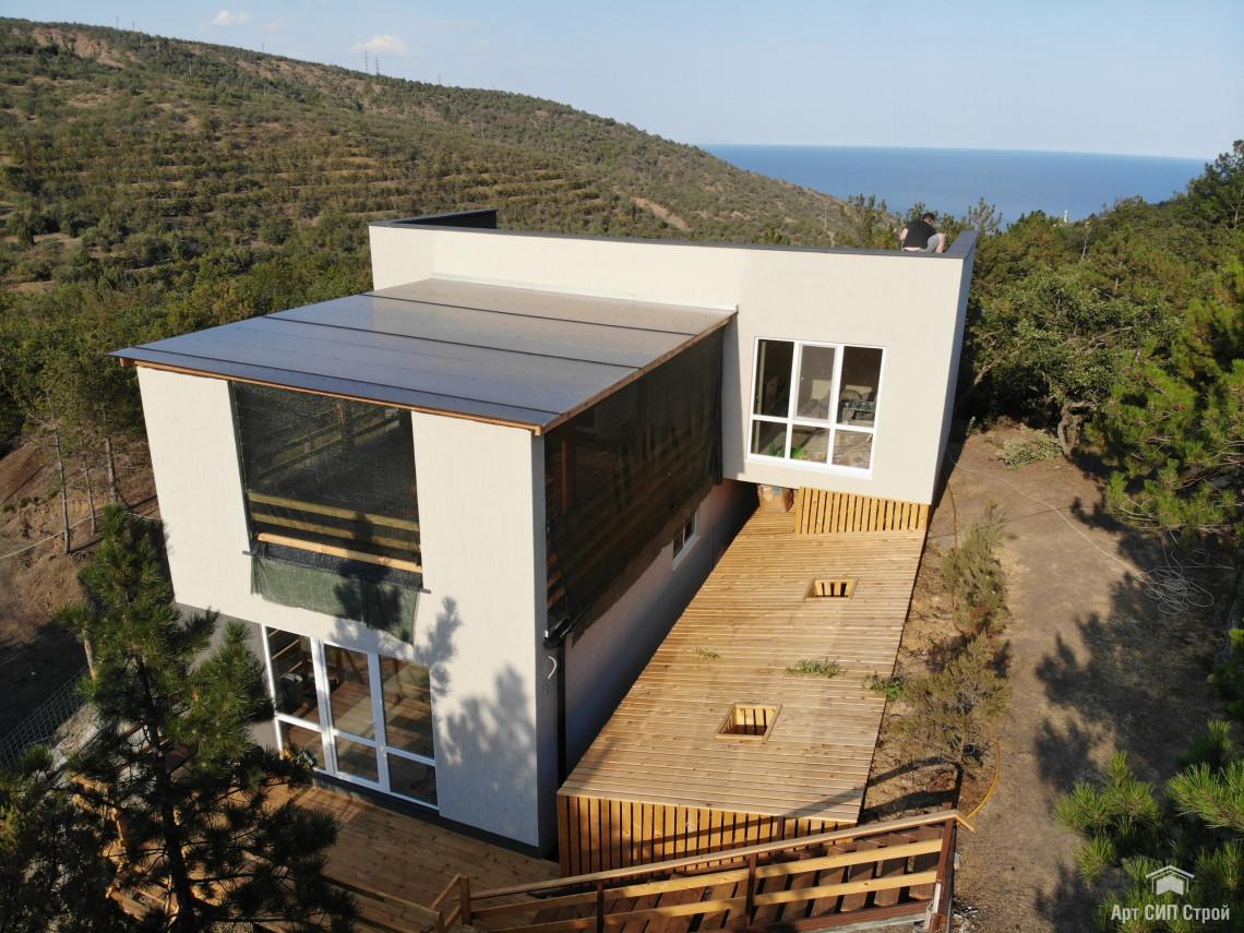 Дом из СИП панелей в стиле Hi-Tech (хайтек)